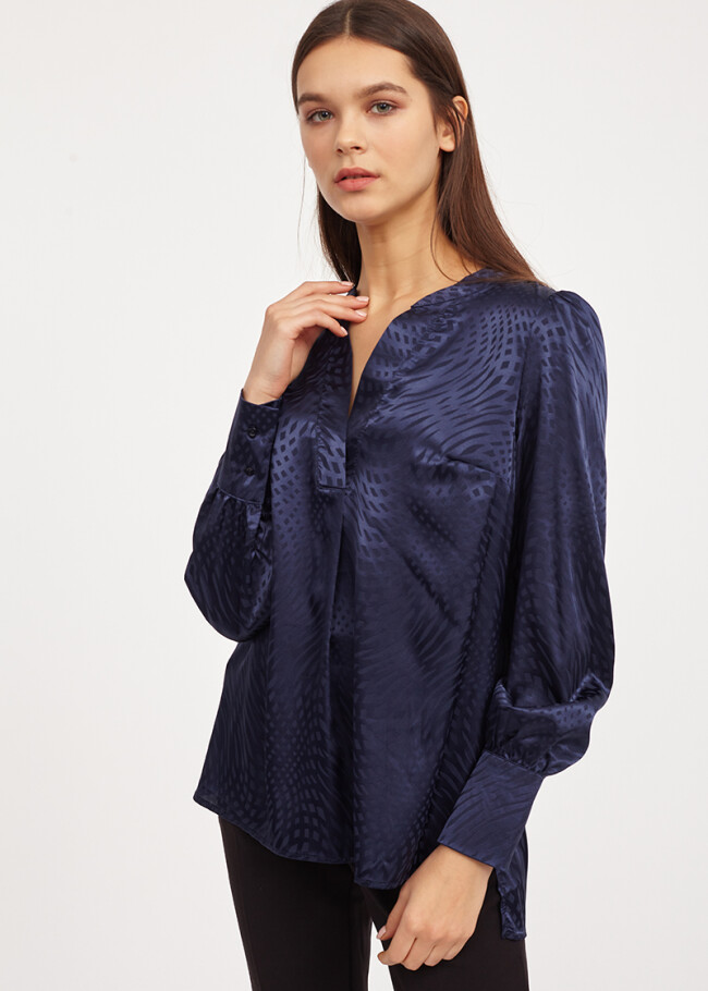 Атласна блуза з принтом