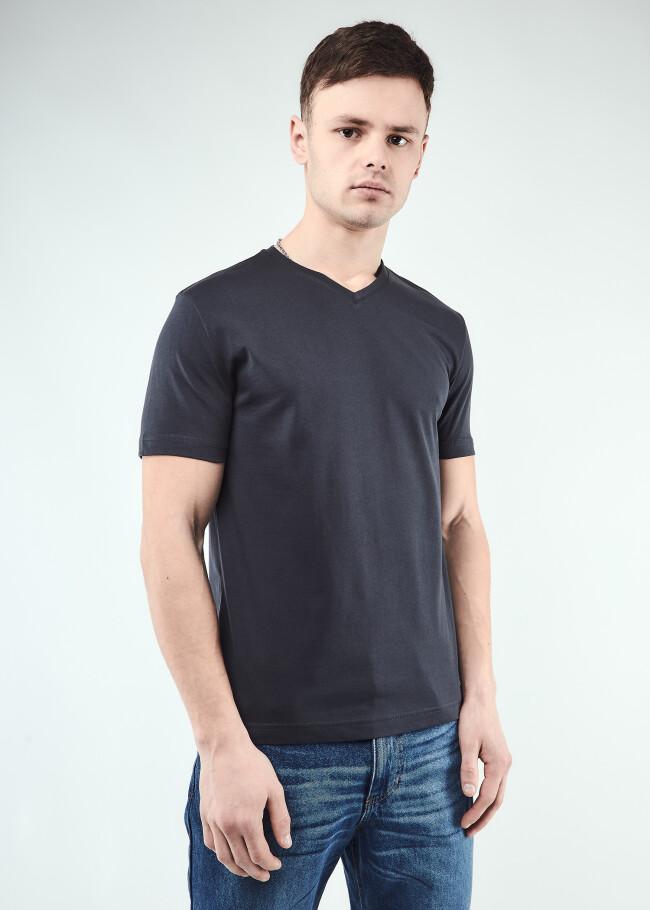 Базова футболка
