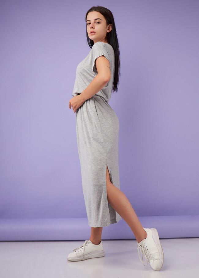 Сукня довга з резинкою на талії