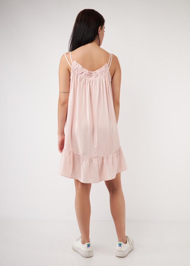 Сукня зі зборкою