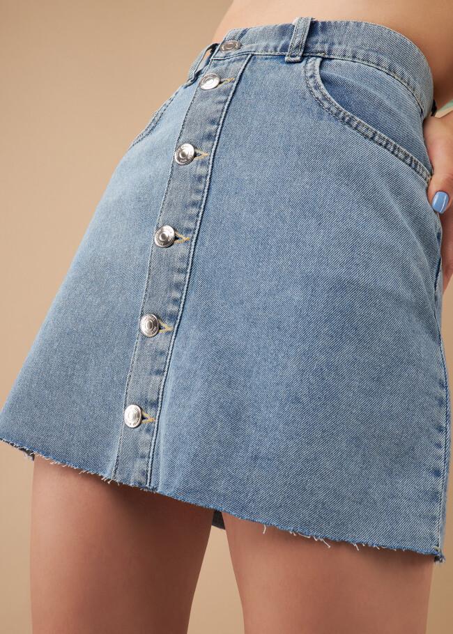 Спідниця джинсова з застібкою-планкою на гудзиках