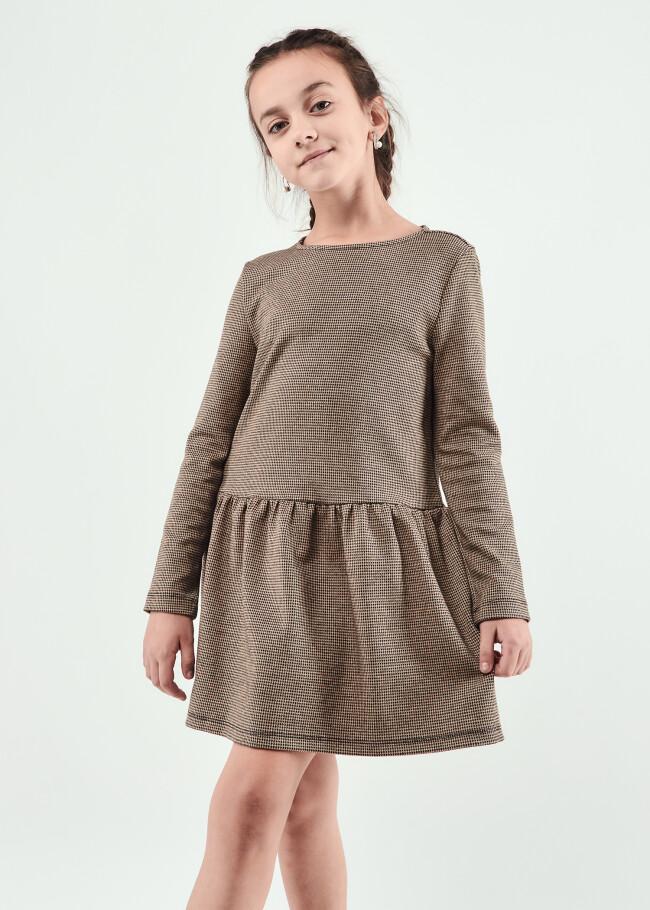 Сукня з воланом