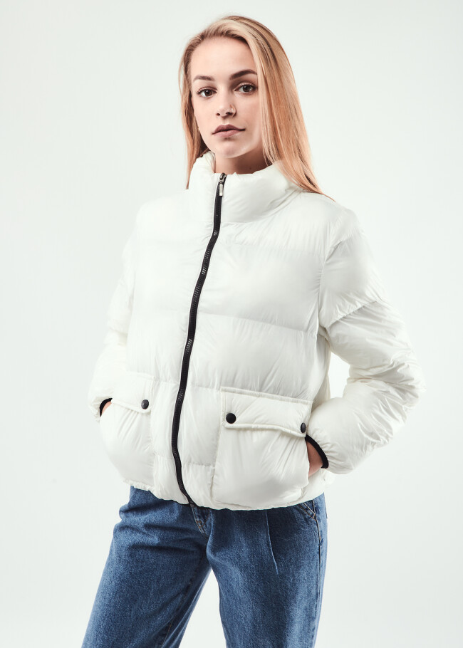 Куртка з горловинною стійкою